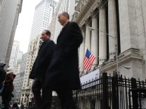 Wall Street Investors Push Dow Jones Up Over 180 Points On Day Trump Signs Financial Industry Deregulation Executive Order