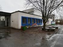 Dering-Schule