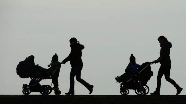 Frauen mit Kindern
