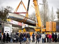München: Überführung der MS UTTING nach München