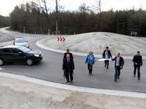 Kreisverkehr bei Mamhofen wird eingeweiht