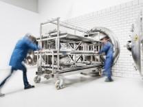 Paper Save, Nitrochemie Aschau GmbH, Verfahren zur Entsäuerung von Papier aus Archiven, Behandlungskammern