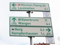 Hinweisschilder auf den Kreisradwanderweg; Kreisradwanderweg