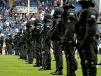 Waldhof Mannheim v SF Lotte  - 3. Liga Playoff Leg 2; Fans