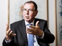 DWS - Fondsmanager Klaus Kaldemorgen im Gespraech ...