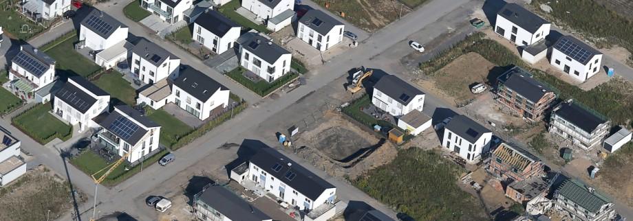 Immobilienkauf In Deutschland Mit Weniger Geld Ins Eigene Haus