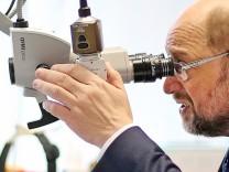 SPD-Kanzlerkandidat Schulz besucht Uni-Klinik in Halle