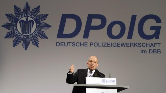 Hat doppelt kassiert, einmal vom Staat, einmal von der Gewerkschaft: DPolG-Chef Rainer Wendt. (Foto: imago stock&people)