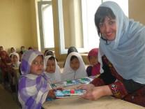 Nadia Nashir-KarimVorsitzende des Afghanischen FrauenvereinBundesverdienstkreuz 2017OsnabrückRoger Willemsen Schirmherr