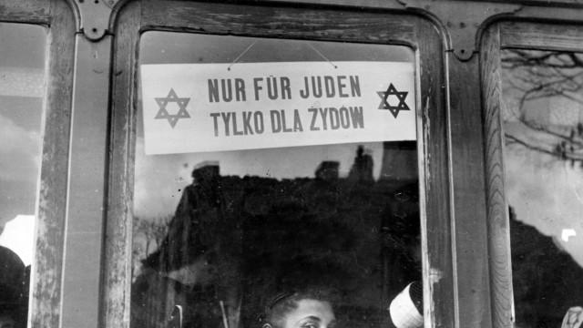 Straßenbahn für Juden in Warschau, 1940