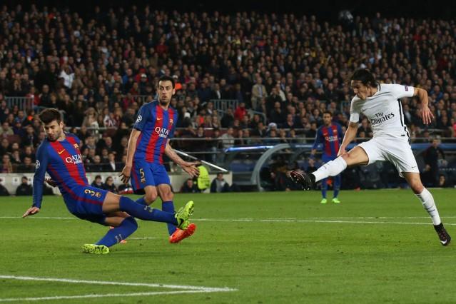 Paris Saint-Germain's Edinson Cavani scores their first goal
