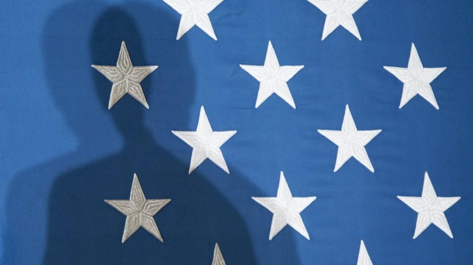 Honor Flag Weißes Haus Schatten