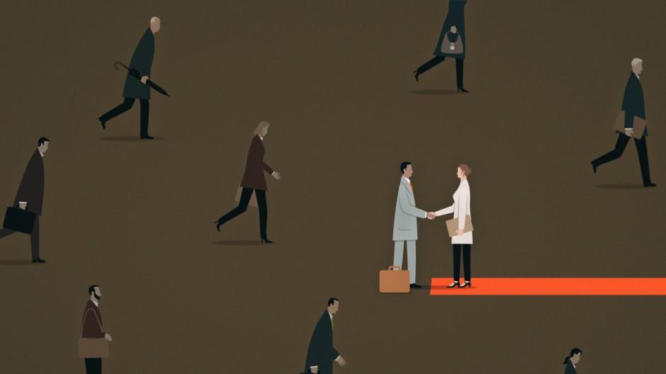 Geschäftsfrau begrüßt Geschäftsmann auf rotem Teppich PUBLICATIONxINxGERxSUIxAUTxONLY MarkxAirs 1181