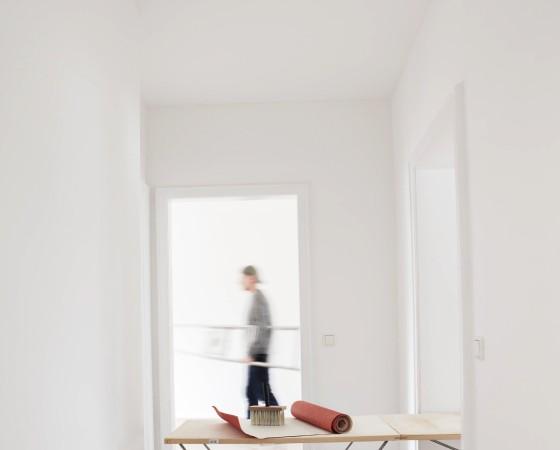 Renovation of new house man in background model released property released PUBLICATIONxINxGERxSUIxA