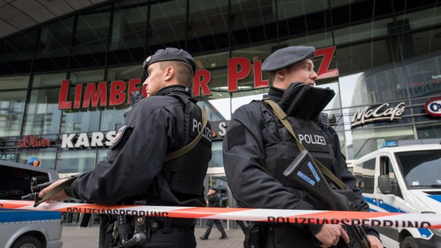 Polizei schließt nach Terrordrohung Einkaufszentrum