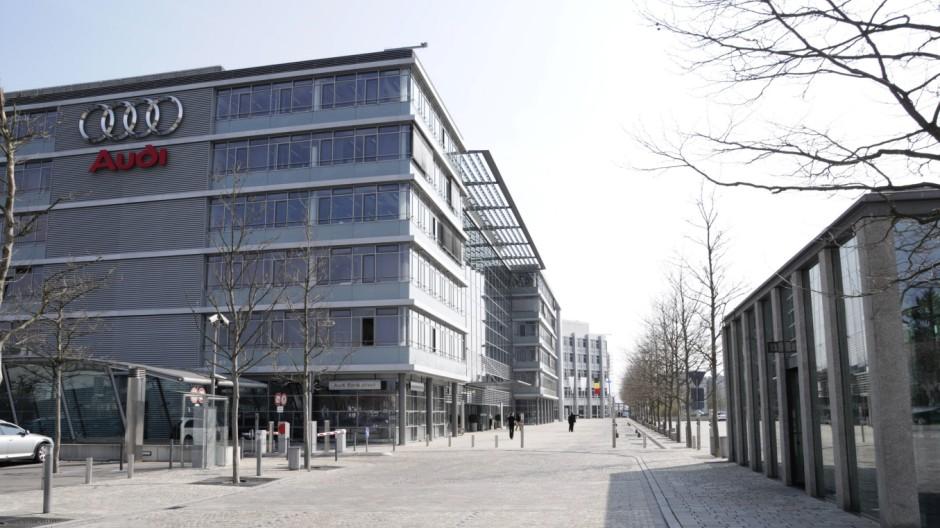 Verwaltungsgebäude museum mobile Audi Erlebniswelt Audi Ingolstadt Bayern Deutschland Europa