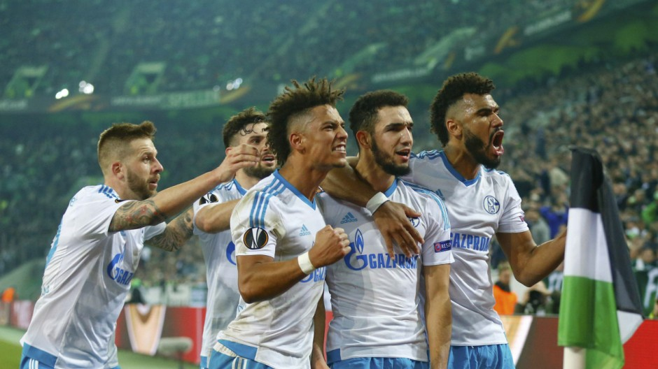 Soccer Football -  Borussia Moenchengladbach v Schalke 04 - UEFA Europa League Round of 16 Second Leg