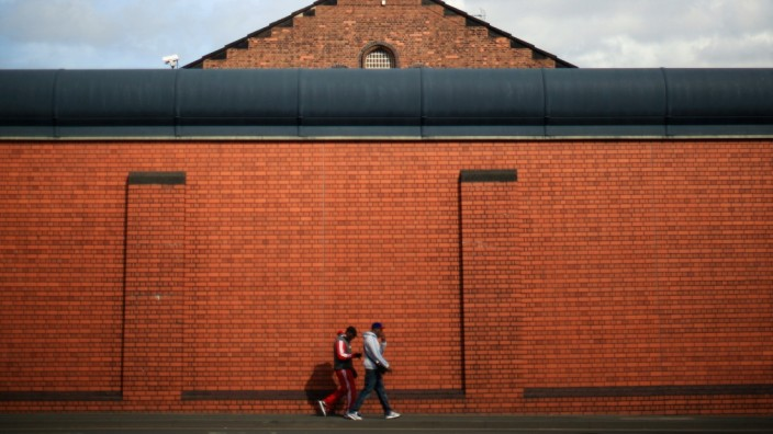 Prison Staff Threaten To Strike Over Government Proposals To Privatise Winson Green