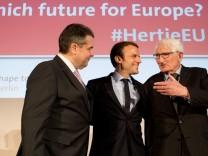 Französischer Präsidentschaftskandidat Macron zu Besuch in Berlin
