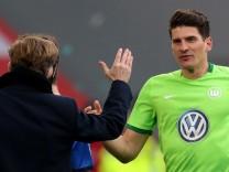 VfL Wolfsburg v SV Darmstadt 98 - Bundesliga