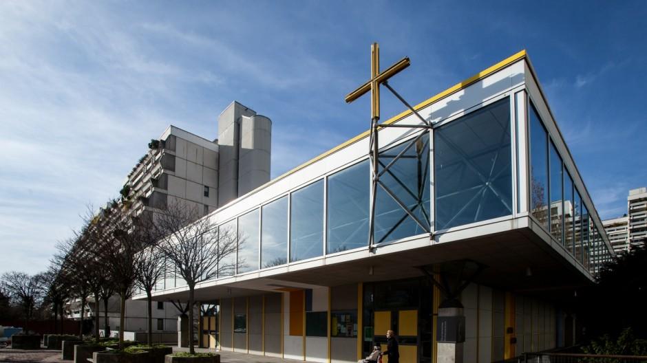 Kirche Frieden Christi Olympiadorf, Helene Mayer Ring 23