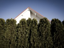 Egenhofen: Einfamilienhaus in Ortsrandlage / IMMOBILIEN
