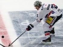 Adler Mannheim v Eisbaeren Berlin - DEL Playoffs Quarter Final Game 7; Eishockey