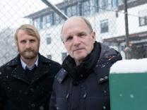 Fußballer Daniel Bierofka (Sohn) und Willi Bierofka (Vater) auf dem Trainingsgelände des TSV 1860 an der Grünwalder Straße