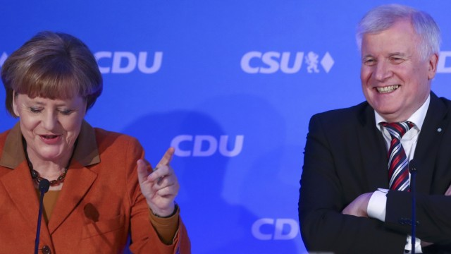 German Chancellor Merkel and Bavarian CSU leader Seehofer meet in Munich