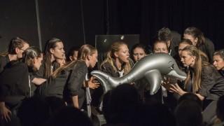 Haar, Oberstufengruppe des Ernst-Mach-Gymnasiums Haar präsentiert das Drama 'Unter Eis' von Falk Richter