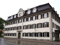 Reichsbürgerin nach Diebstahl von Akte vor Gericht