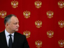 FILE PHOTO: Moldovan President Dodon attends news conference in Moscow