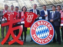 Press Conference - FC Bayern Football School In China