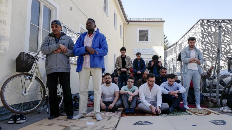 Moscheen Kein Platz zum Beten