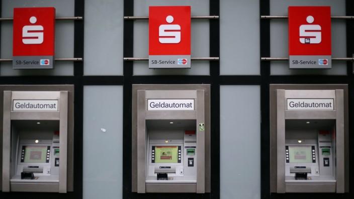Sparkasse erhöht Gebühren für Girokonten