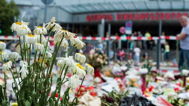 Gedenkort für die Opfer des Amoklaufs im OEZ in München, 2016