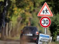 Eichenau: Tempo-30-Zone Roggensteiner Allee