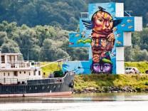 Mural Harbor - Die Hafengalerie - Linz