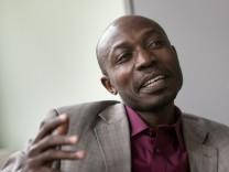 Nyanda Elias Ntinginya: Er hat gerade seinen Doktor an der LMU in Tropenmedizin gemacht und wird in Tansania ein Institut der LMU leiten.