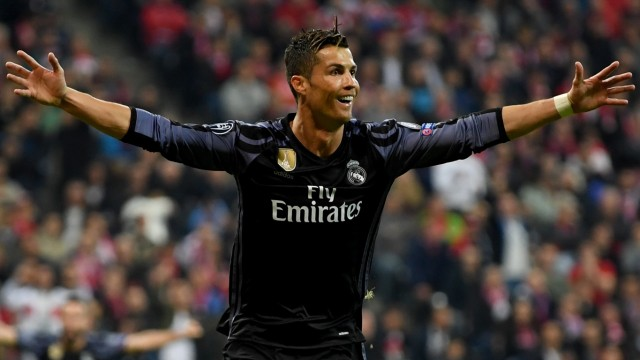 FC Bayern Muenchen v Real Madrid CF - UEFA Champions League Quarter Final: First Leg