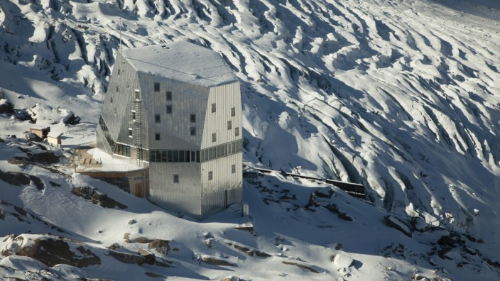 Monte-Rosa-Hütte
