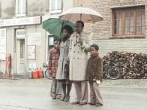 Kinostart - 'Ein Dorf sieht schwarz'
