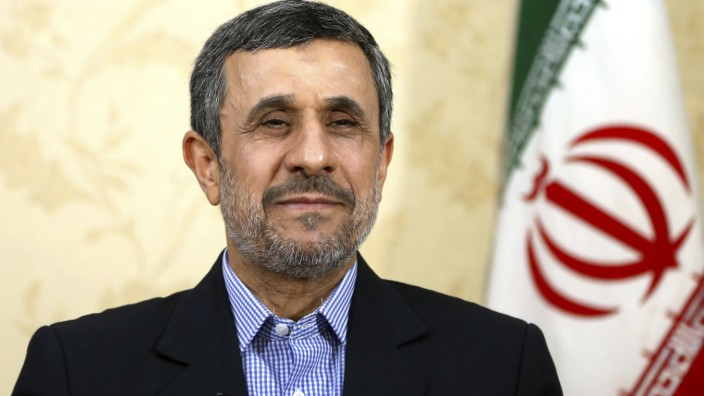 Mahmud Ahmadinedschad, Iran