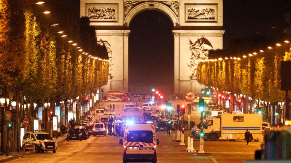 Schüsse in Paris