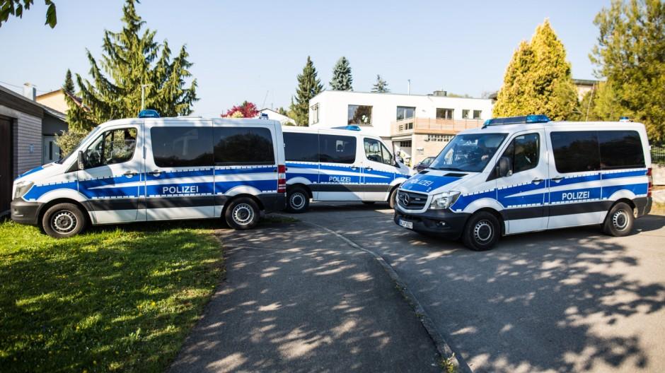 Anschlag auf BVB-Bus - Rottenburg am Neckar