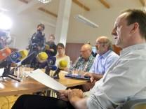 Dietmar Schach bei Pressekonferenz in der Metzgerfirma Sieber in Geretsried, 2016