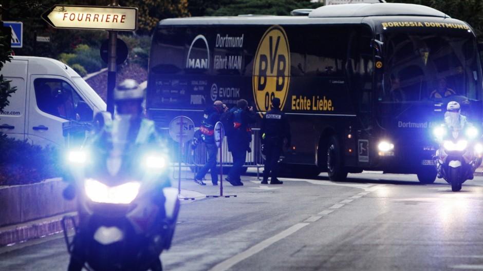 Anschlag auf BVB-Bus Anschlag auf BVB-Bus