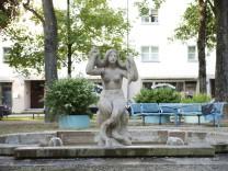 München, Karl-Preis-Platz, Melusinenbrunnen,