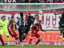 2 Fußball Bundesliga 1 FC Kaiserslautern TSV 1860 München 30 Spieltag Saison 2016 2017 am 21
