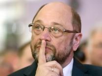 Schulz beim Ständehaus Treff